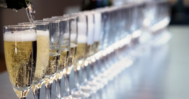 Drinking Three Glasses Of Champagne Per Week Found To Improve Cognitive Performance